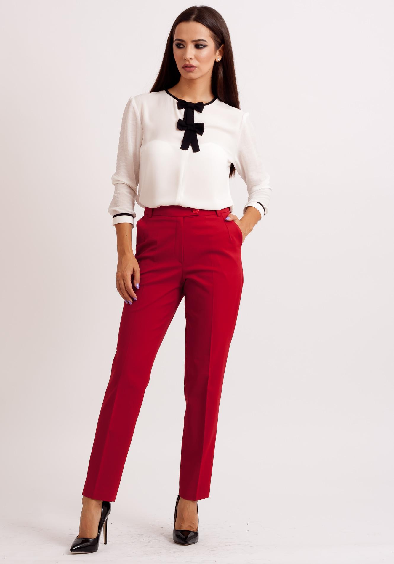 Pantalon cu 2 nasturi rosu